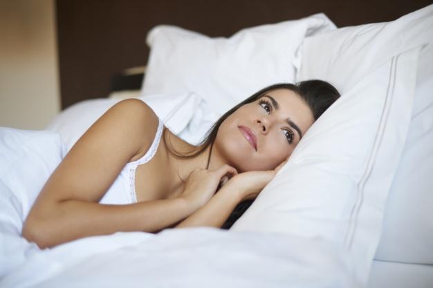 beautiful-woman-bedroom_329181-13359